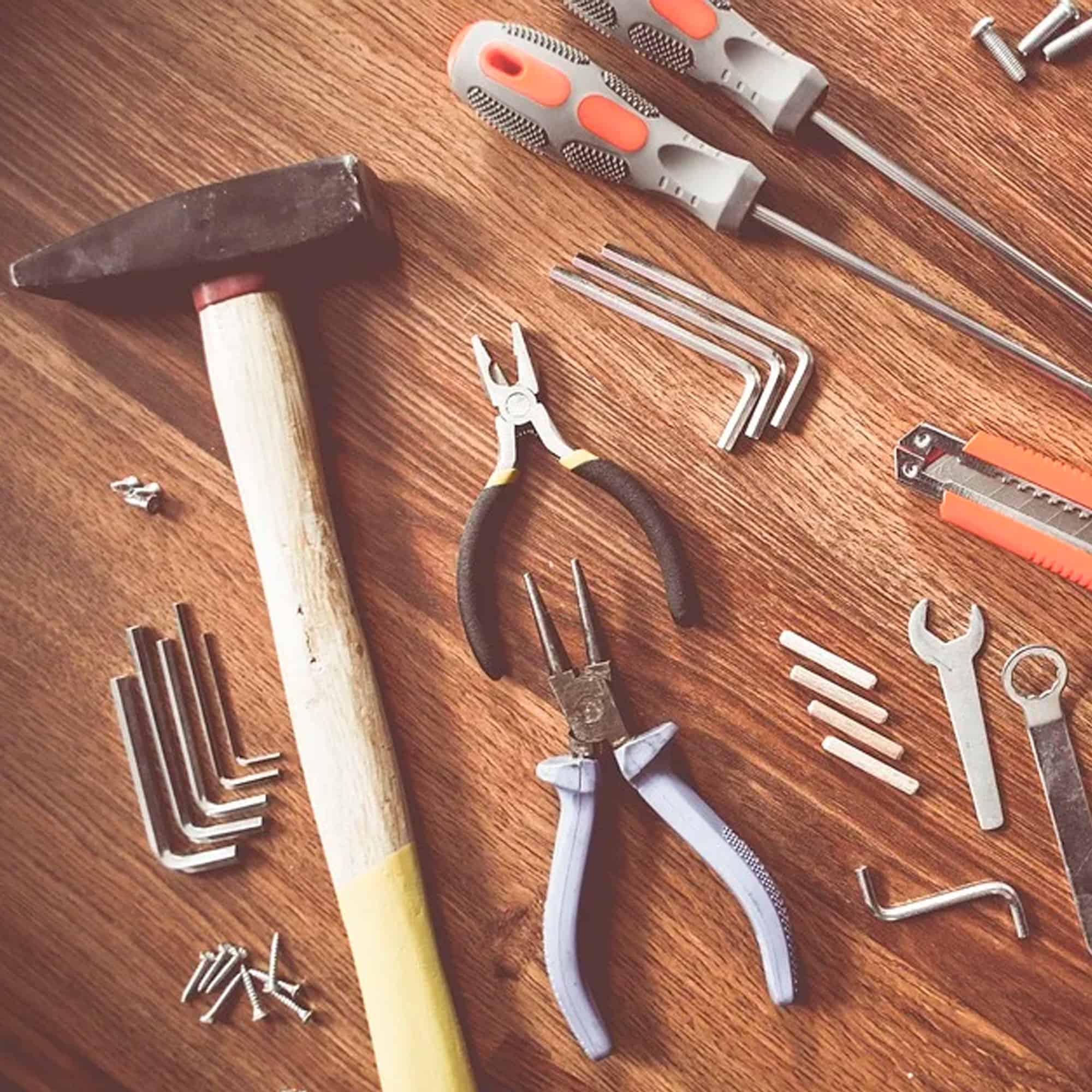 Käsi- ja sähkötyökalut