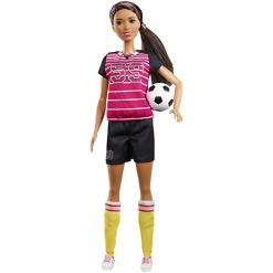 Barbie urheilija ja pallo